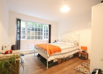 Thumbnail 2 bed flat to rent in Detmold Road, Clapton