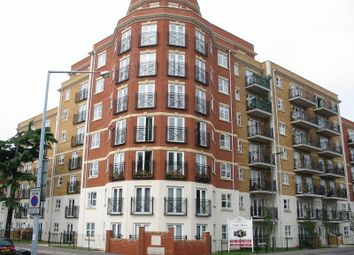 Thumbnail 2 bed flat to rent in Parkview, Central, Southampton