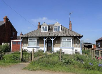 Thumbnail 4 bed detached bungalow for sale in Byfield Road, Woodford Halse, Northamptonshire