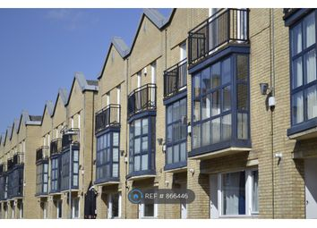 Thumbnail 1 bed flat to rent in Lawrence Wharf, London