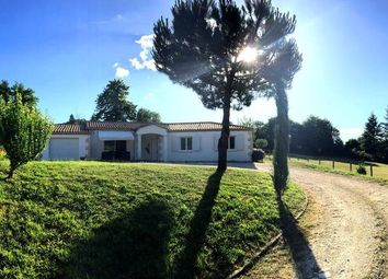 Thumbnail 3 bed detached house for sale in Aquitaine, Dordogne, Mouleydier