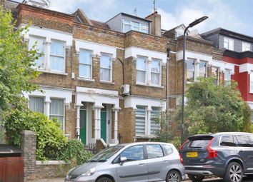 Thumbnail 1 bed flat for sale in Castlewood Road, Stoke Newington