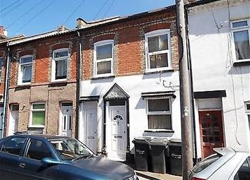 Thumbnail 1 bed terraced house to rent in Stanley Street, Luton