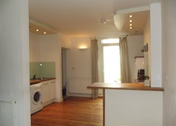 Thumbnail 1 bed flat to rent in Adeline Street, Cardiff