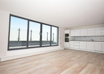 Thumbnail 1 bed flat to rent in Lower Richmond Road, Kew, Richmond