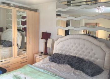 Thumbnail 2 bed flat to rent in Link Road, Friern Barnet, East Barnet