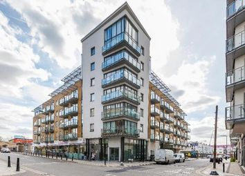 Thumbnail 2 bed flat to rent in Yeo Street, Bow, London