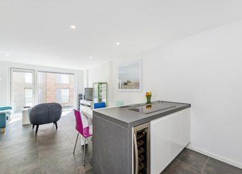 Thumbnail 2 bedroom flat to rent in Pear Tree Street, London