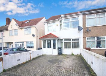 4 bed property to rent in Clifford Road, Hounslow TW4