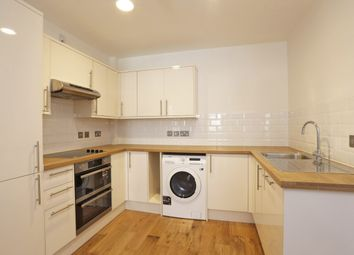 Thumbnail 2 bed flat to rent in Grimsdells Corner, Sycamore Road, Amersham