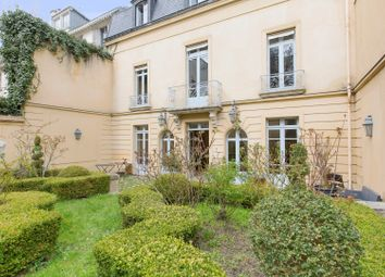 Thumbnail 6 bed property for sale in 2B Rue Carnot, 78000 Versailles, France
