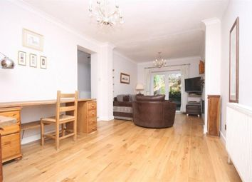 Thumbnail 2 bed flat to rent in Cranbury Road, London