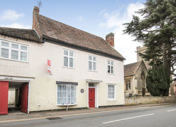 Thumbnail 2 bed flat to rent in Crown Court, Church Street, Pershore, Worcestershire