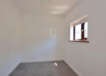 1 bed flat for sale in Oak Road, Tunbridge Wells, Kent TN2