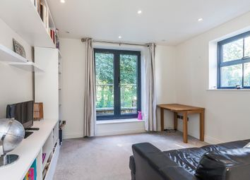 Thumbnail 2 bed flat to rent in Lilford Road, Camberwell