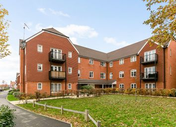 Thumbnail 1 bed flat for sale in Westvale Road, Horley, Surrey