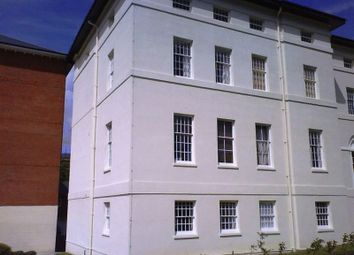 Thumbnail 1 bed flat to rent in The Crescent, Gloucester