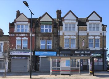 2 bed maisonette to rent in Station Road, London E12