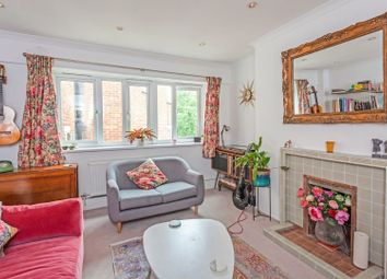 Thumbnail 3 bed flat for sale in Basingdon Way, Camberwell