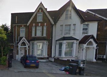2 bed maisonette to rent in 20 Parchmore Road, Thornton Heath, Surrey CR7