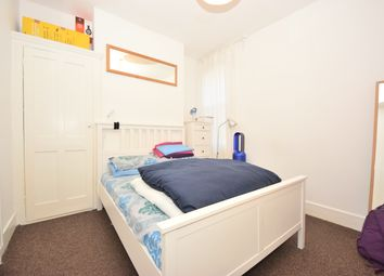 Thumbnail 2 bed flat to rent in Aldworth Road, Stratford, London