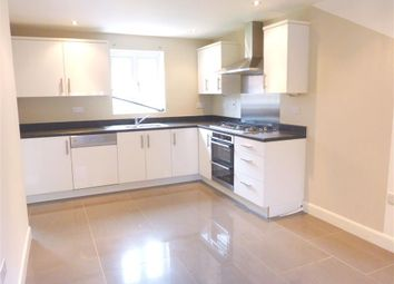 Thumbnail 3 bed property to rent in Lisa Head Avenue, Didcot