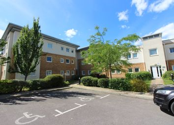 2 bed flat to rent in Pool Close, West Molesey KT8