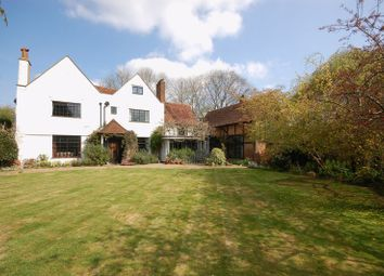 Thumbnail 5 bed detached house for sale in Parrotts Close, Croxley Green