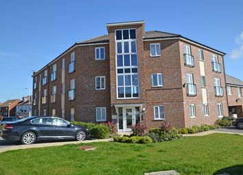 Thumbnail 2 bedroom flat to rent in Laurel Road, Minster On Sea, Sheerness