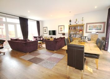 Thumbnail 2 bedroom flat for sale in Andace Park Gardens, Widmore Road, Bromley
