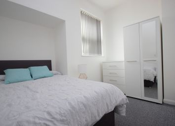Thumbnail 6 bed terraced house to rent in Great Clowes Street, Salford