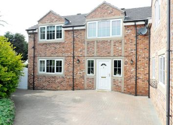 Thumbnail 4 bed detached house for sale in Holywell Lane, Castleford