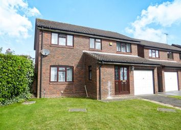 Thumbnail 4 bed detached house for sale in Northbourne Close, Earley, Reading