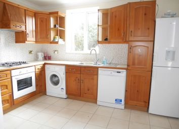 Thumbnail 4 bed detached house to rent in Wetherby Road, Borehamwood