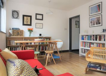 2 bed maisonette to rent in Emba Street, London SE16