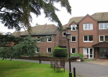 Redwood Manor, Haslemere GU27. 1 bed flat