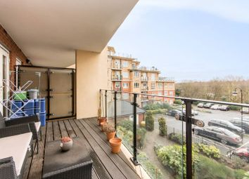 2 bed flat for sale in Glebelands Close, Finchley N12