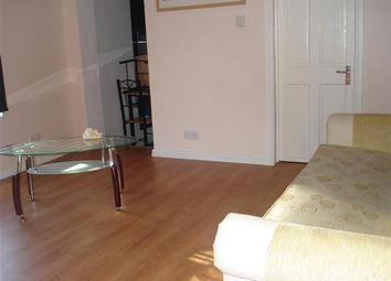 Thumbnail 1 bed flat to rent in Cowper Street, Luton