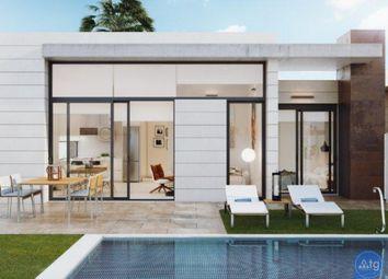 Thumbnail 3 bed villa for sale in Calle Del Mar, 19, 03190 Pilar De La Horadada, Alicante, Spain