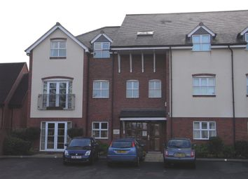2 bed flat to rent in Poplar Road, Dorridge, Solihull B93