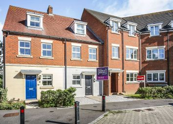 3 bed terraced house for sale in Lancaster Way, Ashford TN23
