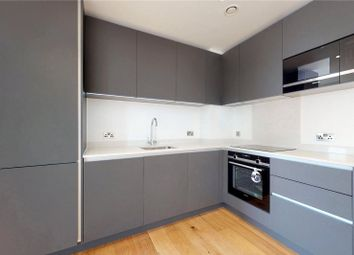 1 bed flat to rent in Luxe Tower, London E1