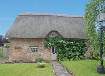Thumbnail 2 bed cottage for sale in High Street, Hinton Waldrist, Faringdon