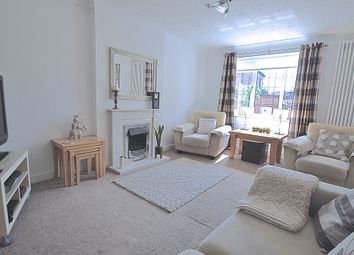Thumbnail 3 bed detached house for sale in Howdale Road, Hull, North Humberside