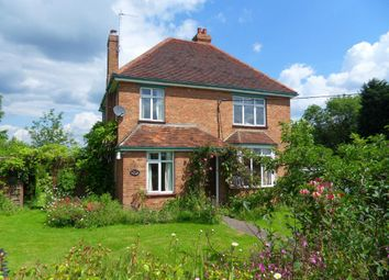 Thumbnail 4 bed detached house to rent in East End, North Crawley