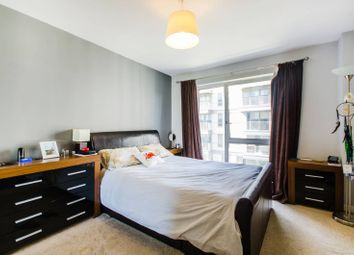 Thumbnail 1 bed flat to rent in City Peninsula, Greenwich