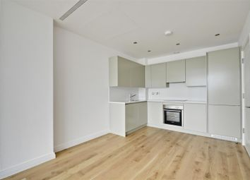 Thumbnail Studio to rent in Western Avenue, Perivale