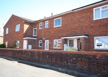 2 bed flat to rent in Cranley Place, Queens Road, Knaphill, Woking GU21