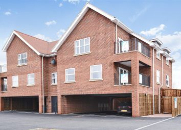 Thumbnail 2 bed flat for sale in Winton Approach, Croxley Green, Rickmansworth