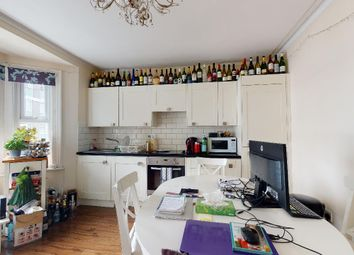 Thumbnail 2 bed flat to rent in Fraser Street, Chiswick